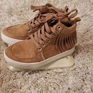 Old Navy Size 12 girls sneakers.